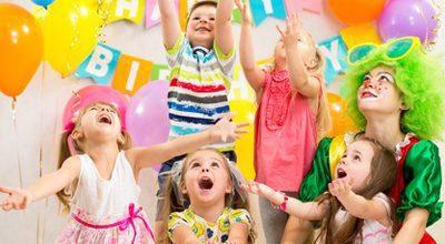 ילדים בחגיגת יום הולדת