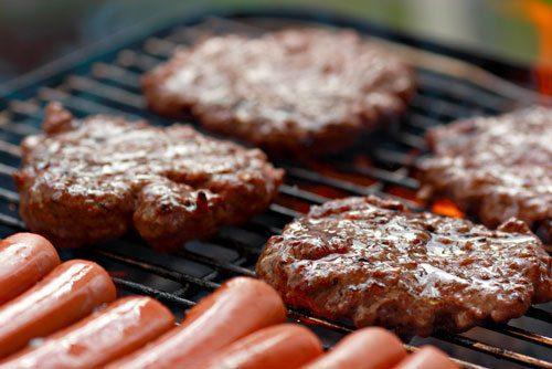 בשר מעובד על הגריל