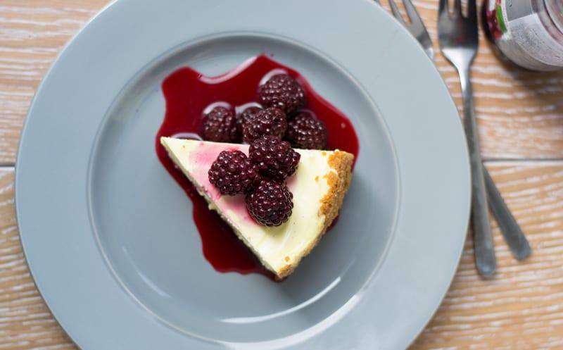 פרוסת עוגת גבינה
